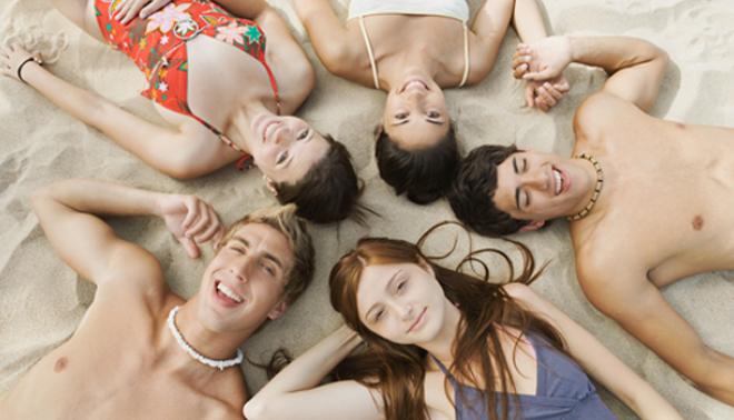 Scopri quali frasi usare per conoscere altre persone in vacanza studio