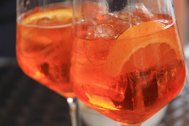 preparare cocktail in casa - spritz
