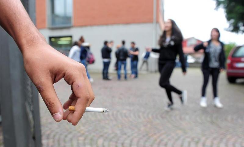 divieto fumo intervallo sorvegliato bergamo