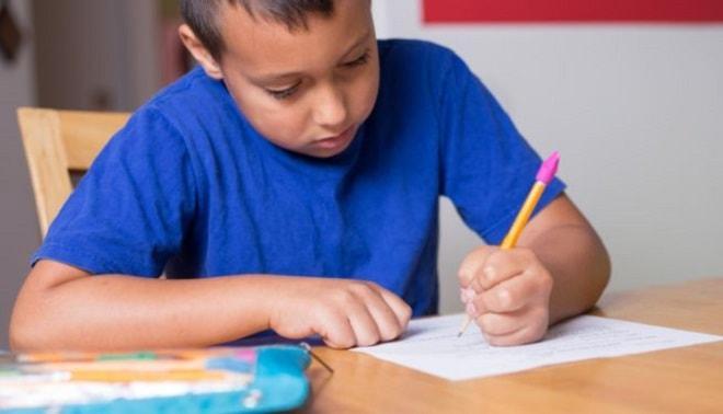 le regole dei verbi servili e fraseologici