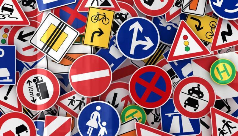quiz cartelli stradali