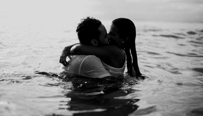 sesso in acqua