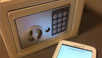 Vuoi tenere le tue cose al sicuro? La C-Safe fa proprio al caso tuo!
