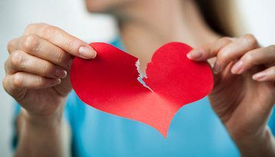 5 segni indiscutibili che la tua storia d'amore è al capolinea