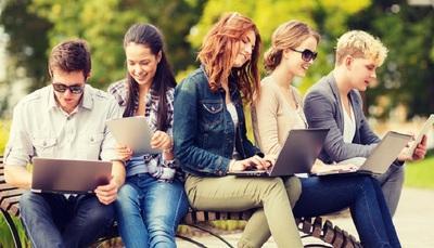 Università: otto consigli per gestire studio e vita sociale