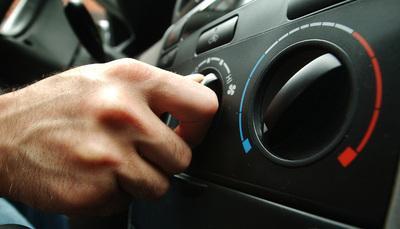 Aria condizionata in macchina, rischi quasi 500 euro di multa!