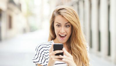 WhatsApp: novità su messaggi vocali e video!