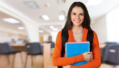Dopo la maturità, università o lavoro? Lo decide il voto di diploma