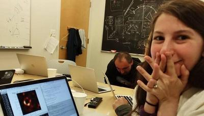 Buco nero: chi è Katie Bouman, la giovanissima scienziata della fotografia che ha fatto la storia