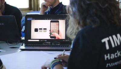 Borse di studio ELIS: scopri le opportunità post-diploma per diventare professionista nel digitale