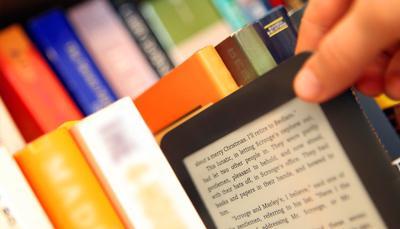 """Arriva il """"Netflix"""" dei libri universitari per comprarli... in streaming"""