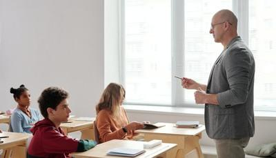 Iscrizioni scuola 2021 2022: i video tutorial che spiegano come inoltrare la domanda