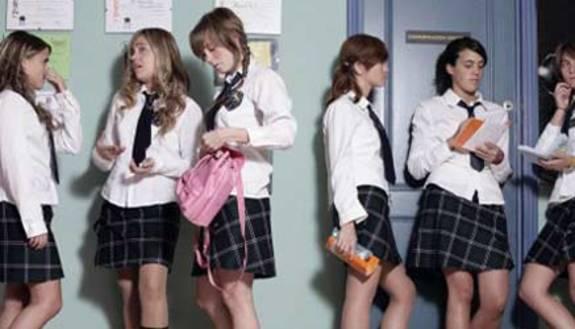 Stavolta è vero: tutti a scuola in divisa!