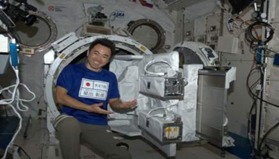 Studenti italiani vanno nello spazio