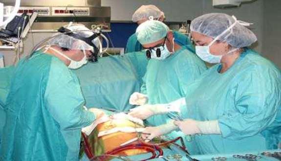 Cardiochirurghi: o disoccupati o emigranti