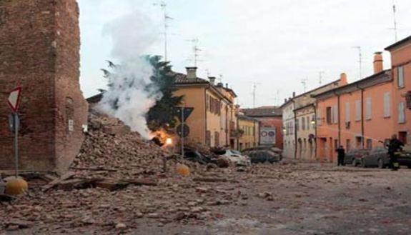 Scuole ancora chiuse per il terremoto