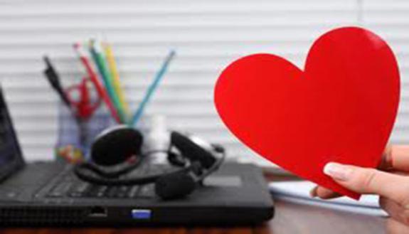 San Valentino: l'amore è social per 1 su 4