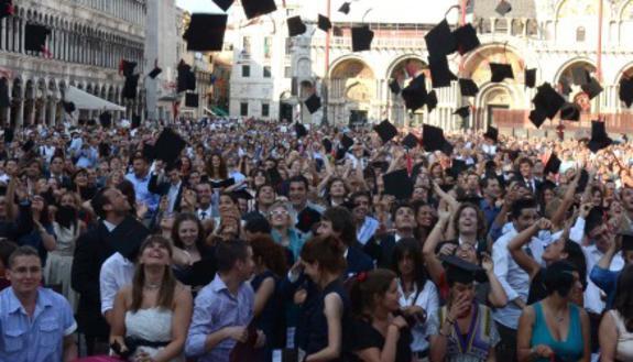 No laurea caos: studenti devono promettere