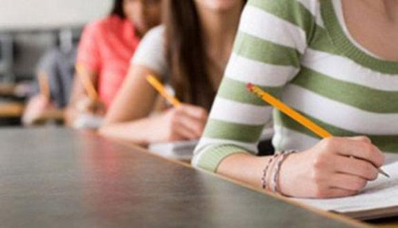 Numero chiuso: non viola il diritto allo studio