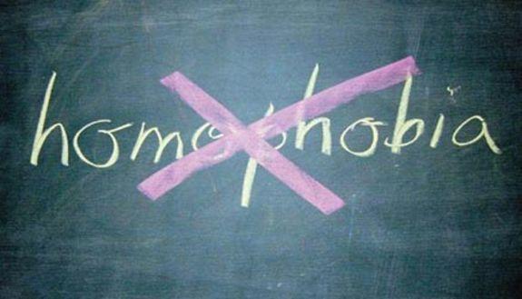 Omofobia: studente picchiato a scuola