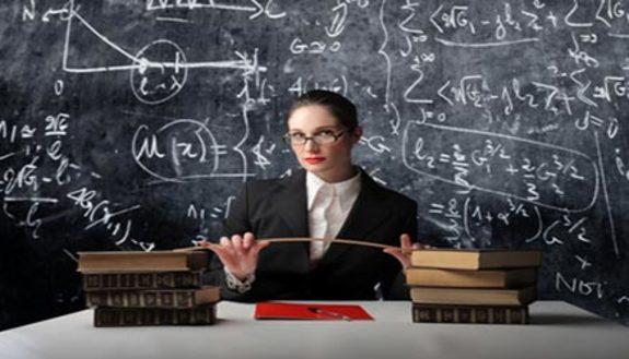 Manca il prof: 1 studente su 3 resta solo in classe