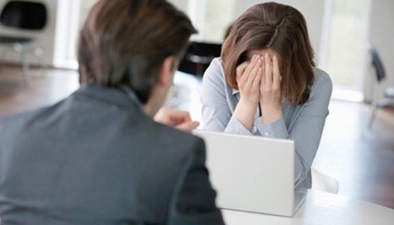 Stressed interview: il colloquio che fa arrabbiare