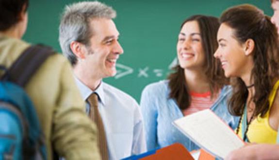 No genitori invadenti, studenti con i prof