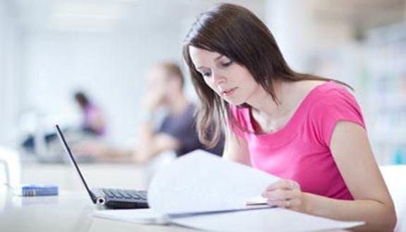 Compito in classe: non più di due ore di studio