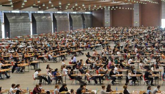 Test ingresso, 1 su 4 ne sosterrà più di 3