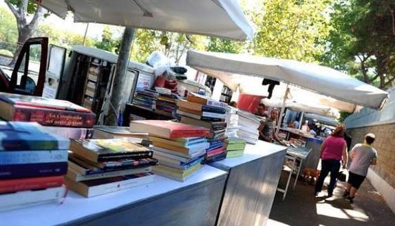 Libri scolastici usati: tutti i mercatini UdS
