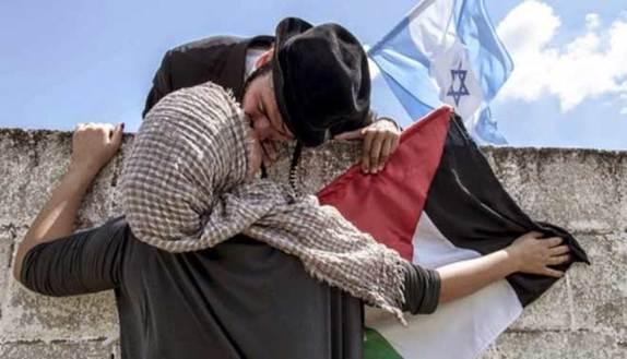 Tesi sulla Palestina, alla laurea la prof se ne va
