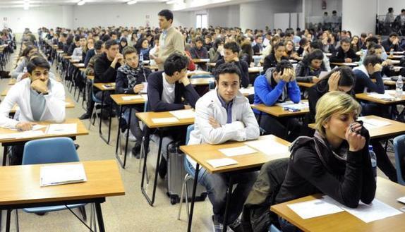 Test professioni sanitarie, caos a Catania