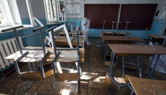 L'altra scuola, quella delle stragi sotto le bombe