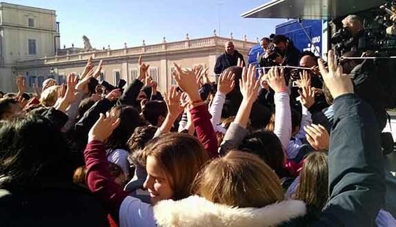 Una Vita da Social: parte il tour dal Quirinale