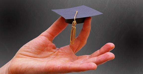 Come calcolare il voto di laurea: il metodo adatto
