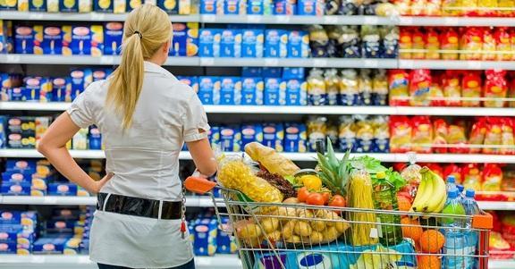 Consigli per fare la spesa in modo intelligente (e risparmiare!)
