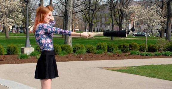 Il braccio selfie per far finta di avere un fidanzato e non sentirsi più sole!