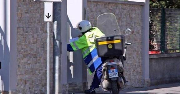 Lavorare in Poste Italiane: cercasi Portalettere in tutta Italia