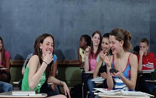 Compagni di classe: amicizia, amore, odio e...