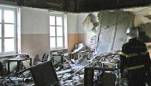 Crollo al Darwin: 6 condanne per la morte di Vito