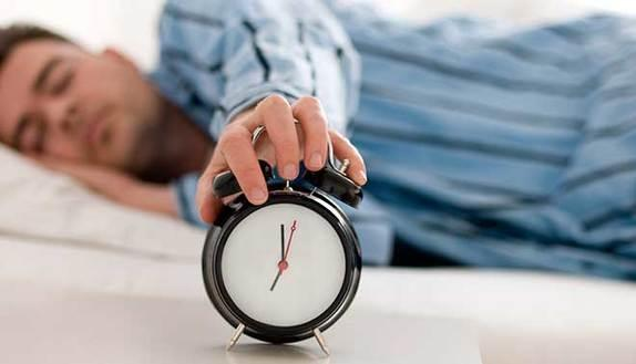Si può dormire poco e non avere sonno