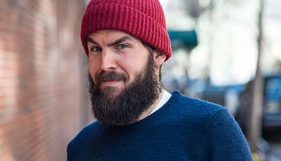 Tempi duri per gli Hipster: la barba non piace