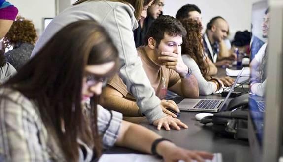 Maturità Informatica 2017: materie e guida all'esame per il diploma in telecomunicazioni