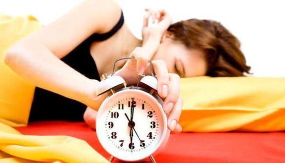 Cambio ora legale: come recuperare un'ora di sonno perso