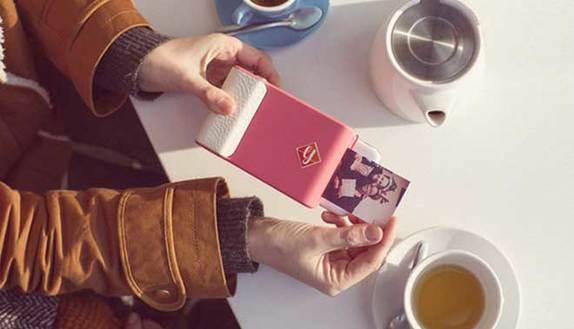 Una cover che stampa le foto dello smartphone