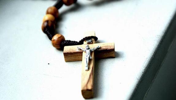 Religione cattolica: cancellata l'ora a scuola