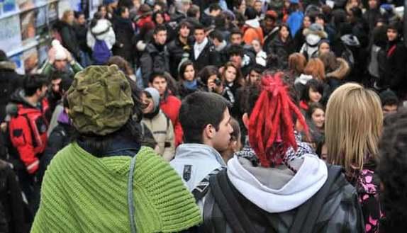 Faraone: ridiamo la scuola agli studenti