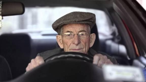 I 9 tipi di automobilisti che puoi notare quando sei in strada