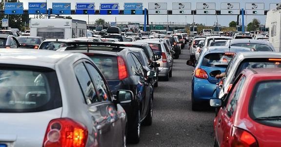 I 5 tipi di automobilisti che ti faranno salire il crimine in autostrada