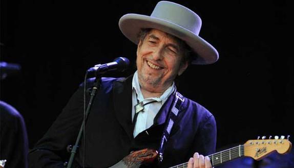 Che scuola ha fatto il premio Nobel Bob Dylan?